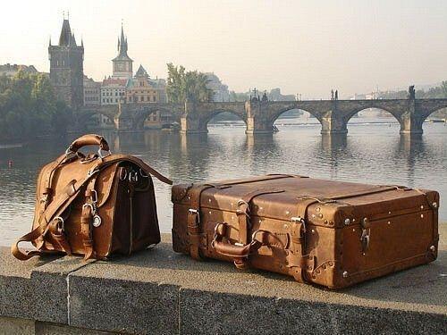 Regala_un_viaggio_viaggiare_valigie